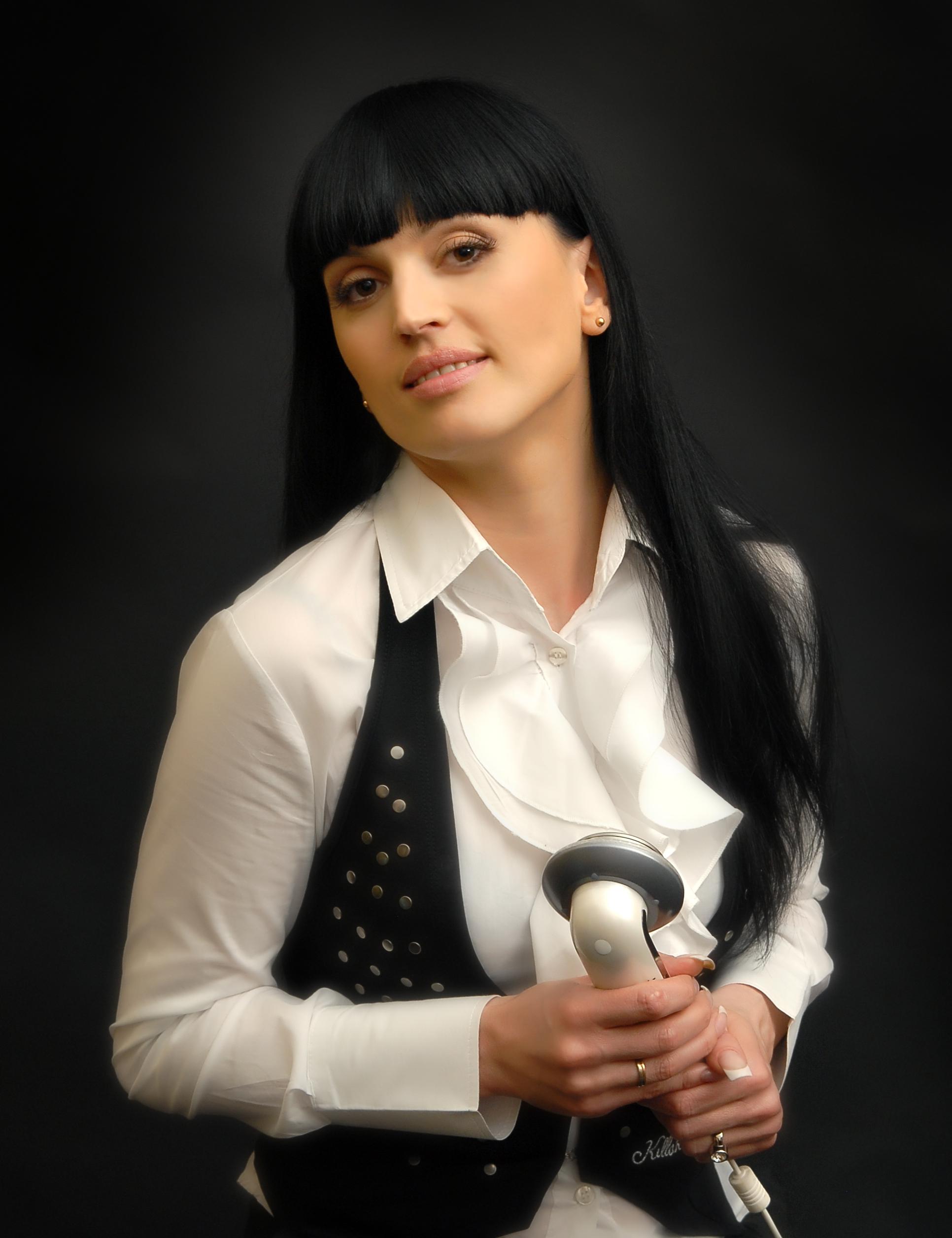 Diana_Khodan